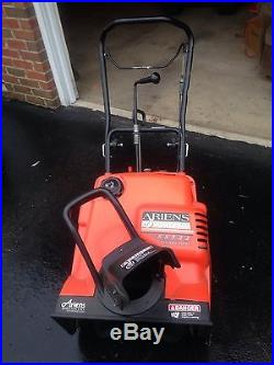 Ariens 22 Gas Snow Thrower SS522E with Electric Start, Single Stage