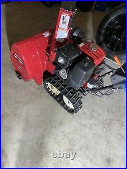 Honda HS1332 Snow Blower 32 Width Snowblower Tracked Hydrostatic Transmission