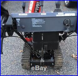 Honda HSS724ATD 2 Stage Track Drive Snowblower Battery Start MA Looks New