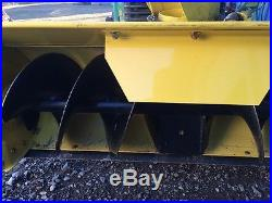 JOHN DEERE 42 snow blower attachment for ride on tractor. Model M03252x