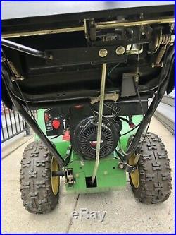 John Deere 1032D Snowblower Self-Propelled 6 Forward 2 Reverse Gears