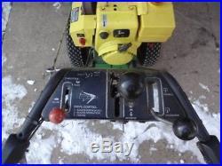 John Deere 826 2 stage snow blower 26, 8 HP, Electric Start, Rebuilt tranny