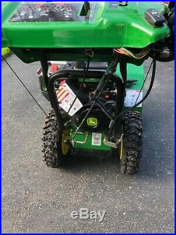 John Deere snow blower 928E used only 3x very powerful and easy to operate