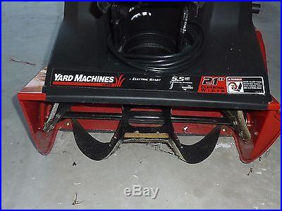 MTD Single Stage Snowthrower 5.5 Hp 21 clearing width, Electric Start