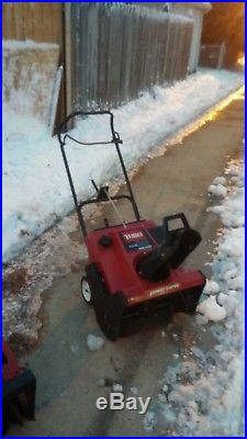Toro CCR 2000-R 21-Inch 2-Cycle Snow Blower Snowblower. Chicagoland Pick up